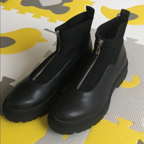 Zara Zippered Low Heeled Ankle boots